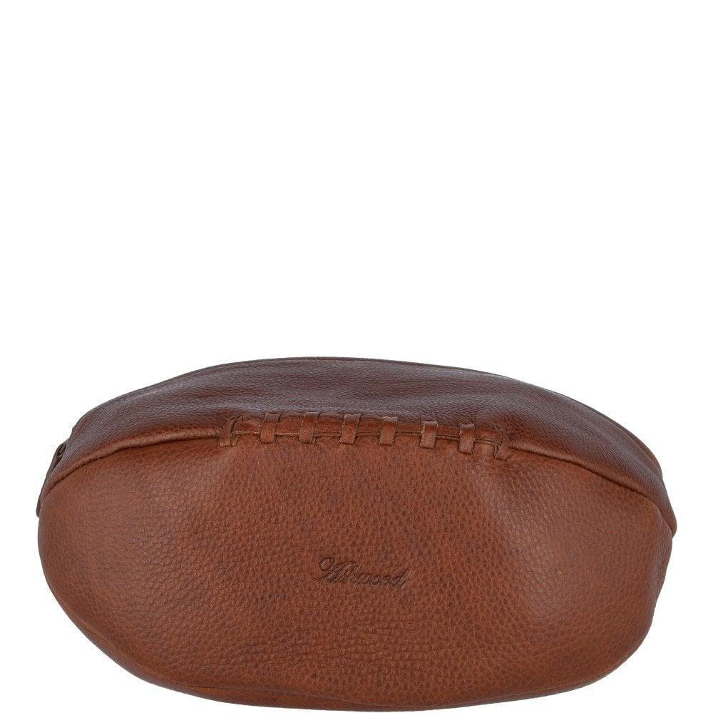 Full Grain Leather Rugby Wash Bag Honey   Lomu 37ff91e09b
