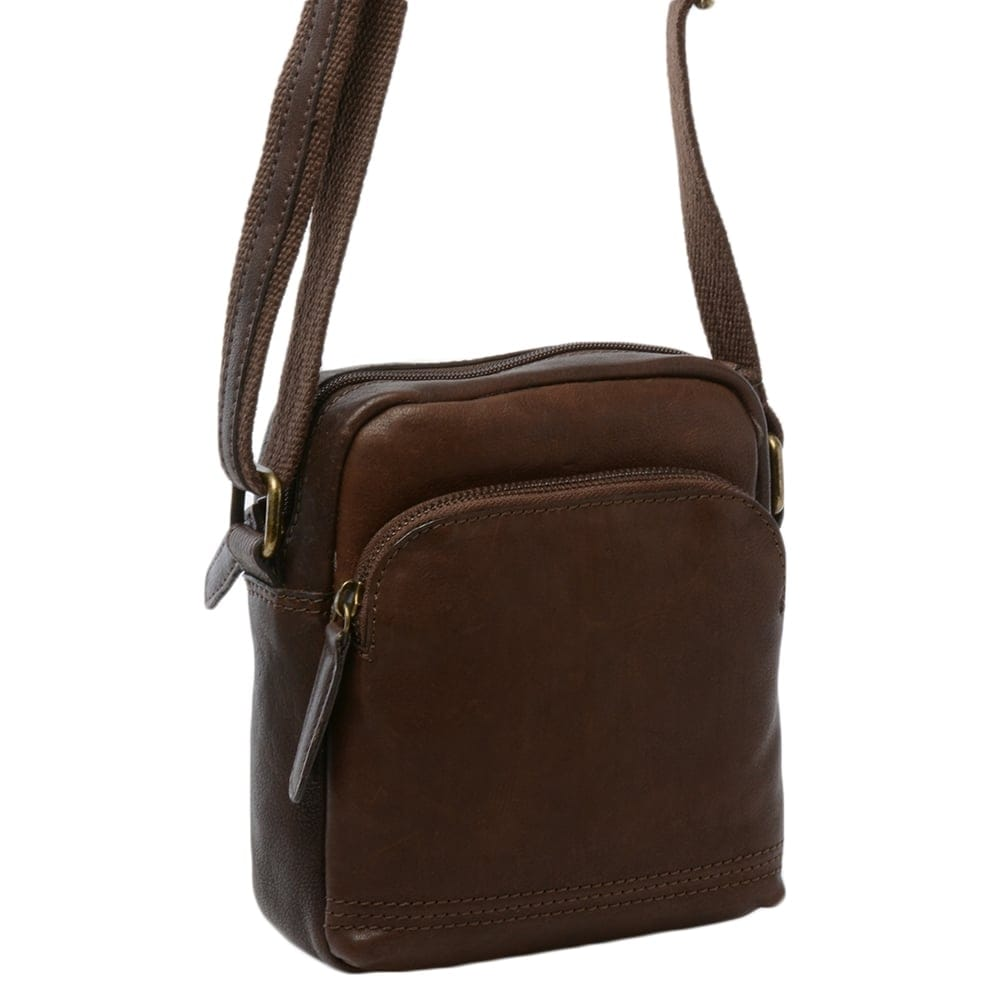 Mens Small Leather Travel Bag Brown : 8681 | Mens Leather Bags