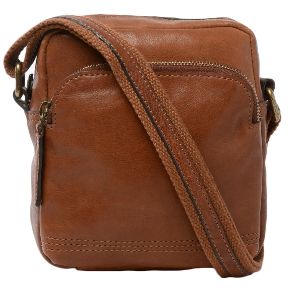 Mens Small Leather Travel Bag Tan : 8681 | Mens Leather Bags