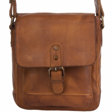 Small Vintage Wash Leather Travel Bag Rust : 1335