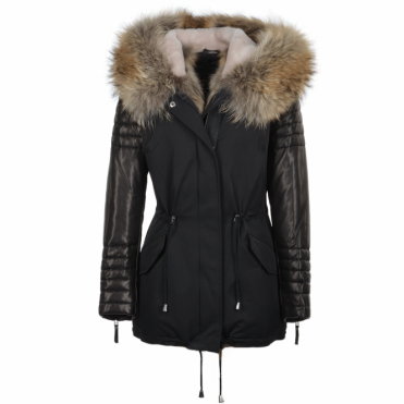 Hooded Racoon Tipped Fur Parka Black : Gwenn